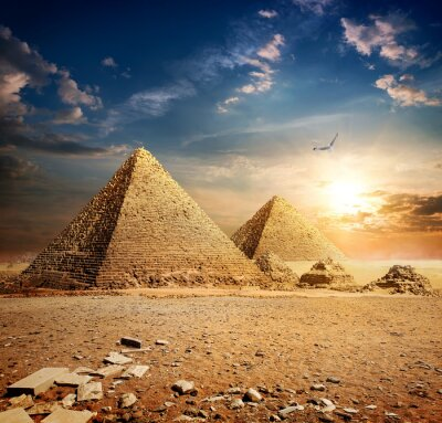 Plakat Zachód słońca nad piramidami