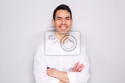 Plakat Zamyka w górę portreta szczęśliwy w średnim wieku azjatykci mężczyzna
