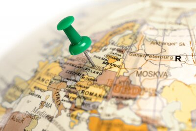 Plakat Zielony pin na mapie.
