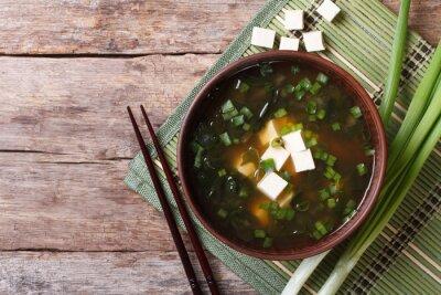 Plakat Zupa miso japoński brązowy puchar w widoku z góry poziomej