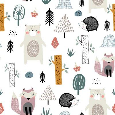 Tapeta Bezszwowy dziecinny wzór z ślicznym niedźwiedziem, lisem, jeżami w drewnie. Kreatywne dzieci w stylu skandynawskim tekstury na tkaniny, opakowania, tekstylia, tapety, odzież. Ilustracji wektorowych