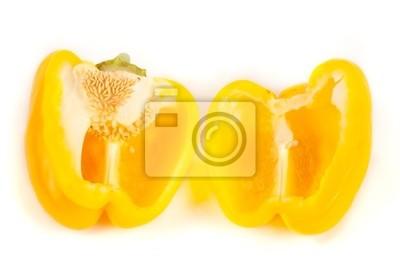 Bliska plasterki żółtego pieprzu