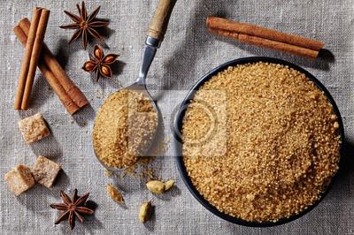 Brązowy cukier i przyprawy
