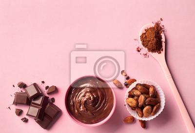 Ciemna czekolada, proszek kakaowy i fasola