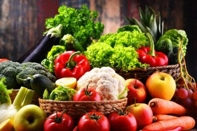 Tapeta Composition with assorted organic vegetables and fruits
