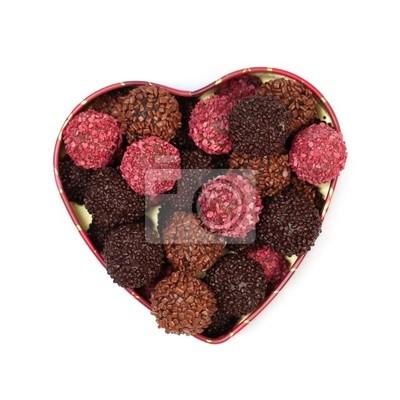 Cukierki czekoladowe w pudełku w kształcie serca