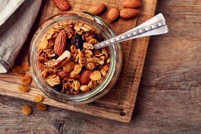 Domowa granola z nasion i orzechów