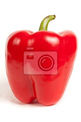 Jedna czerwona papryka na białym tle