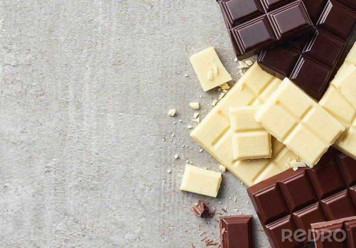 Tapeta Kawałki ciemnej, białej i mlecznej czekolady