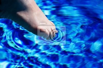 kolana w wodzie