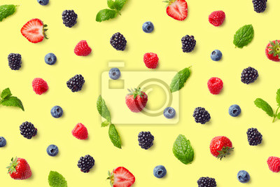 Tapeta Kolorowy wzór owoców jagodowych i liści mięty