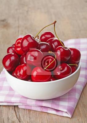Tapeta Miska świeżych wiśni czerwony