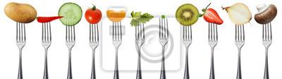 Tapeta Owoce i warzywa na widelce, izolowane