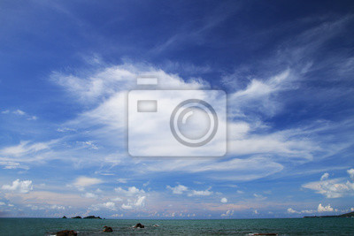 piękny raj wyspa błękitne niebo i zielone morze widok krajobraz tła