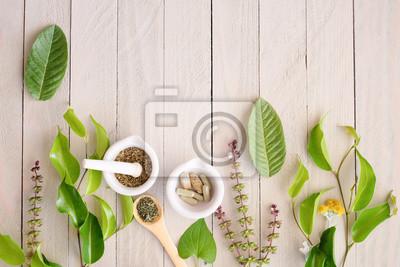 Tapeta produkt ziołowej medycyny organicznej. naturalne zioło niezbędne z natury.