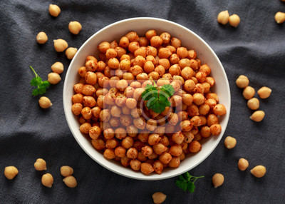 Tapeta Roasted spicy chickpeas in white bowl. Healthy food