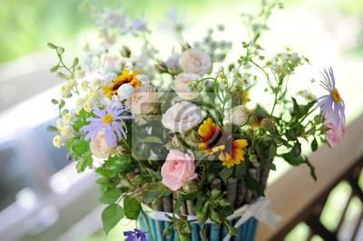Róże i kwiatów polnych