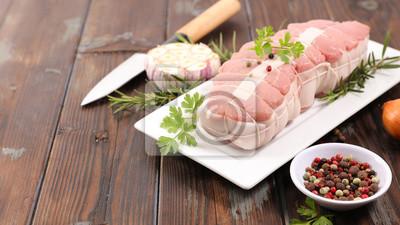 Tapeta surowa cielęcina i składnik