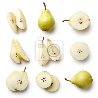 Świeże gruszki samodzielnie na białym tle