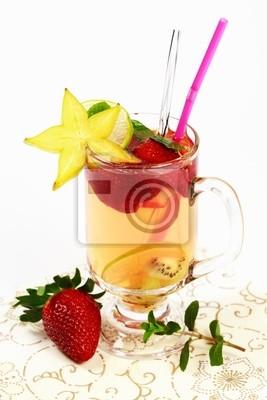 Świeże owoce lata herbata