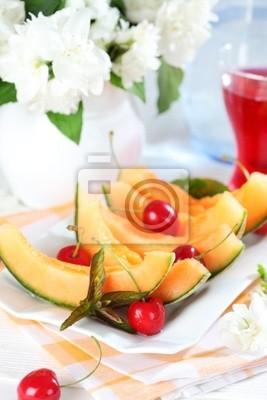 Świeże owoce letnie