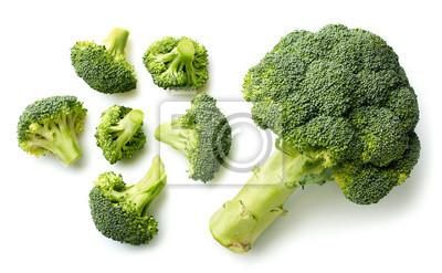 Świezi brokuły na białym tle