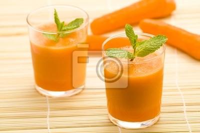 Tapeta Świeży sok z marchwi i mięty