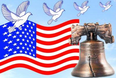 us lub American flag Macha w błękitne niebo z dzwonkiem idolem wolności i gołąb