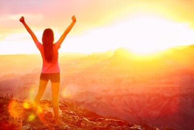 Tapeta Wolność i przygoda - kobieta szczęśliwa, Grand Canyon