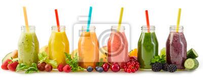 Tapeta Zdrowe koktajle ze świeżych owoców ze składnikami