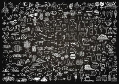 Tapeta Zestaw żywności i napojów doodle na tablicy tle.